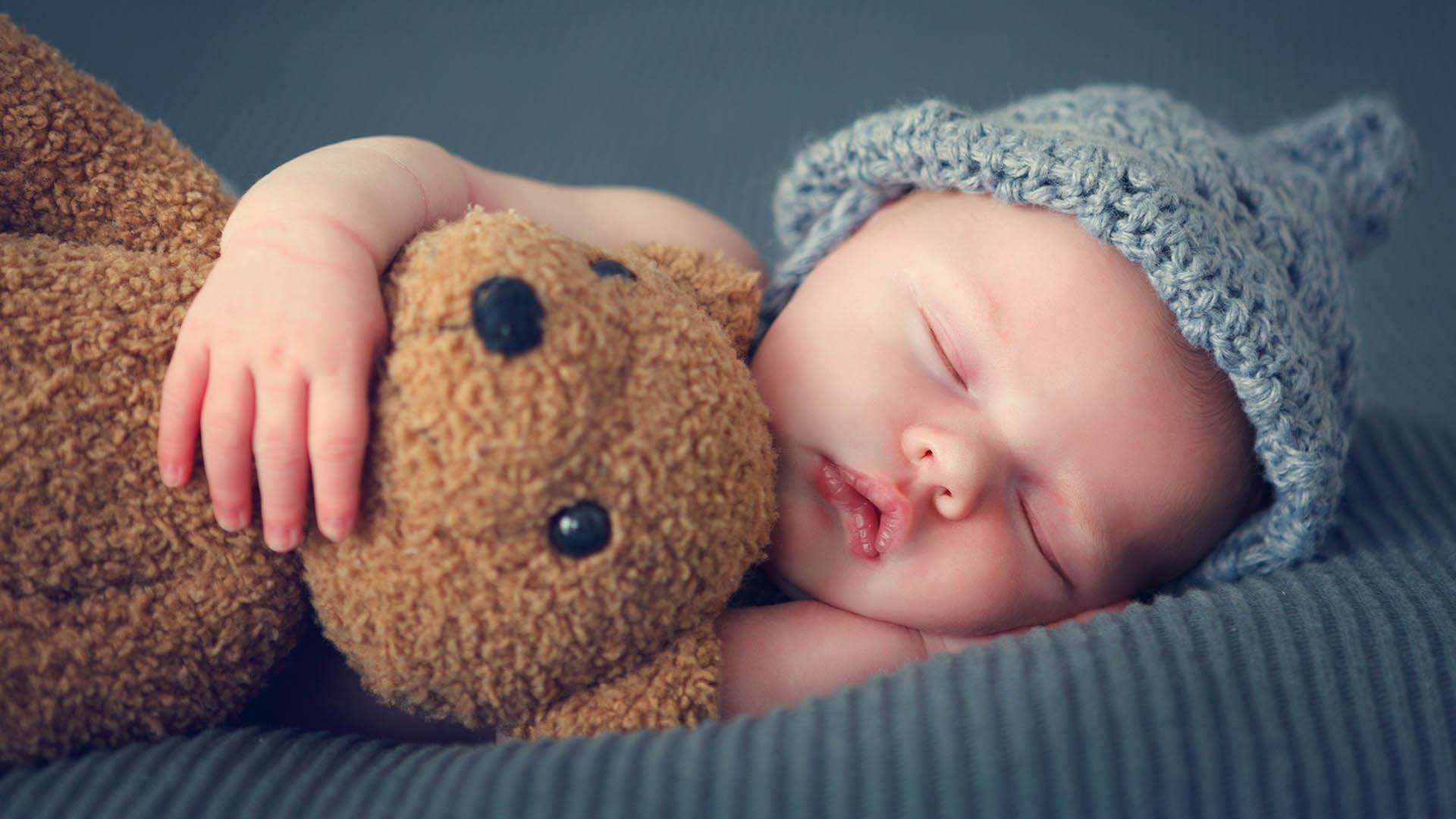 چرا باید اتاق خواب کودک را جدا کرد؟