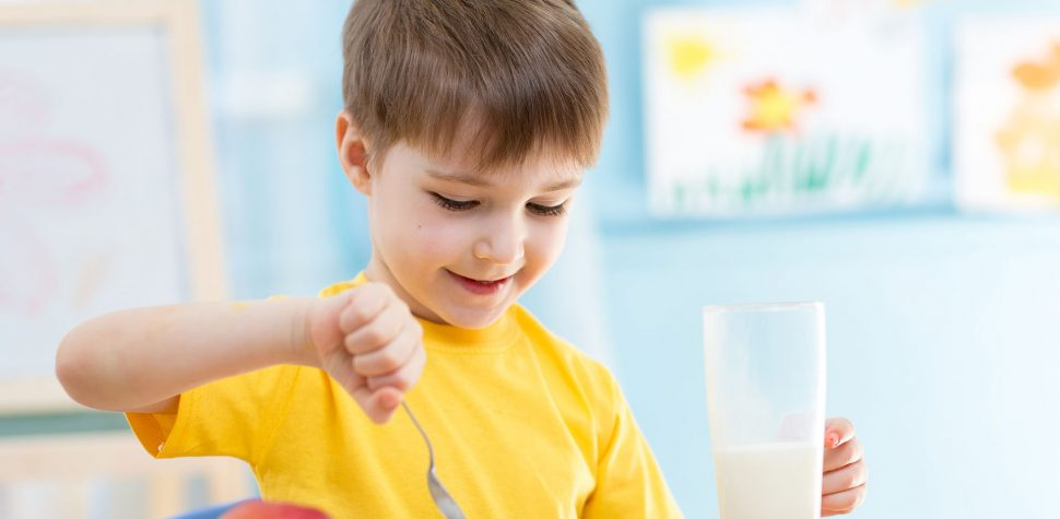 صبحانه بر یادگیری کودکان