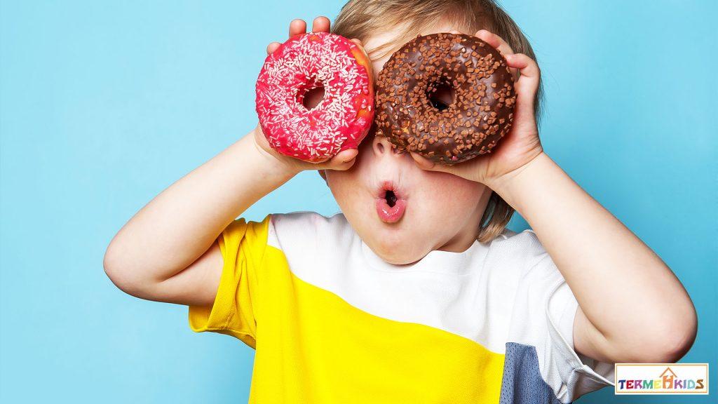 TermehKids Happy Kids 3 1024x576 - چگونه کودک شاد و خوشحالی داشته باشیم