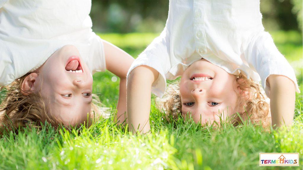 TermehKids Happy Kids 5 1024x576 - چگونه کودک شاد و خوشحالی داشته باشیم