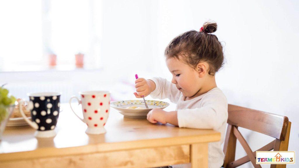TermehKids Kids Nutrition 4 1024x576 - اهمیت تغذیه کودکان در هر سن