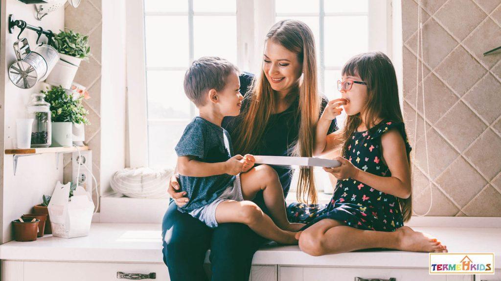 ارزش راستگویی را برای کودکان توضیح دهید