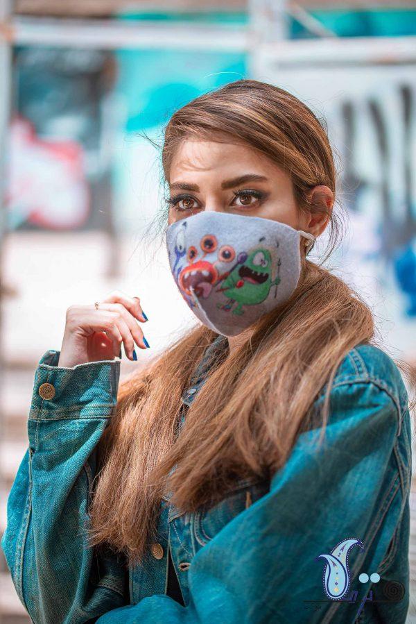 ماسک سه لایه طرح ویروس شادی