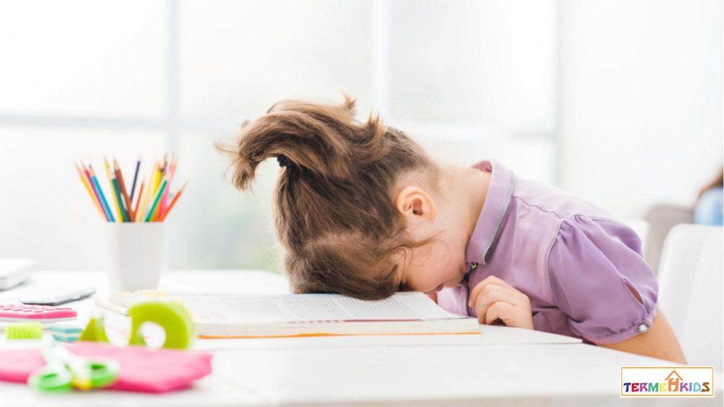چه دلایلی باعث تنبلی کودکان میشوند؟