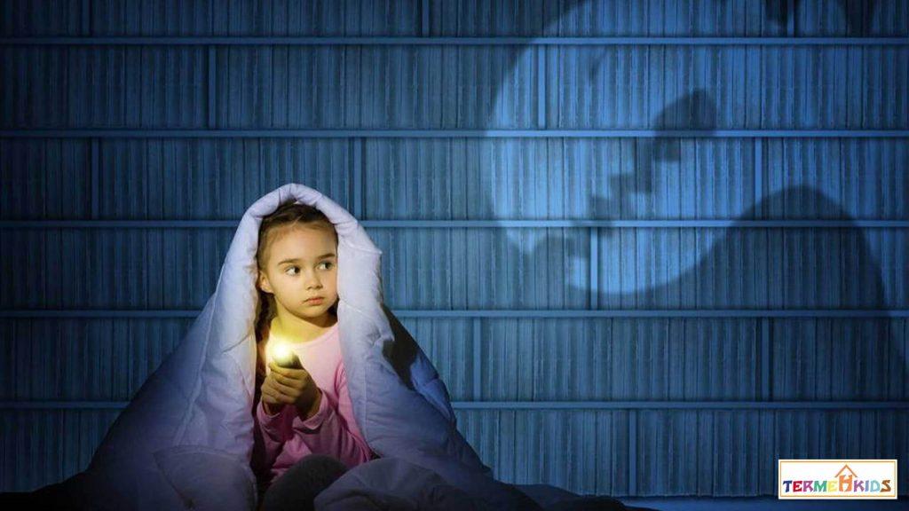 علت ترس از تاریکی در کودکان را کشف کنید
