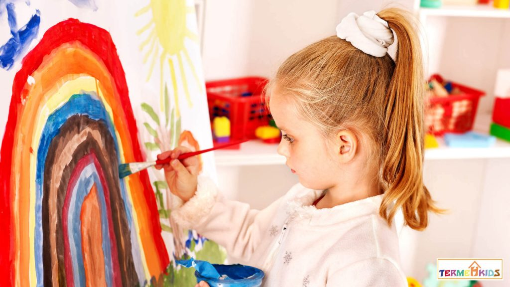 3 childrens creativity 1024x576 - چگونه خلاقیت کودکان را افزایش دهیم؟