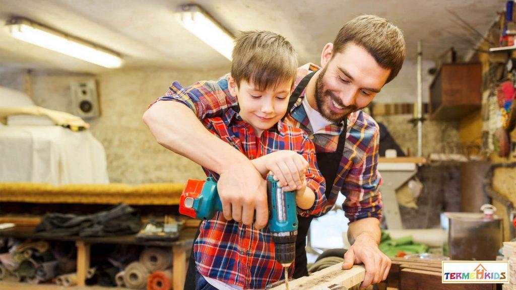 Childrens talent Termeh Kids 7 1024x576 - چگونه علایق شغلی و استعداد کودکان خود را کشف کنیم؟